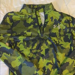 UA half zip pullover